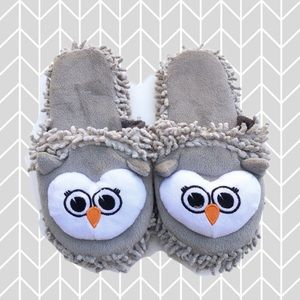 West Loop Owl Critter Gray White Slippers 7/8 NWT
